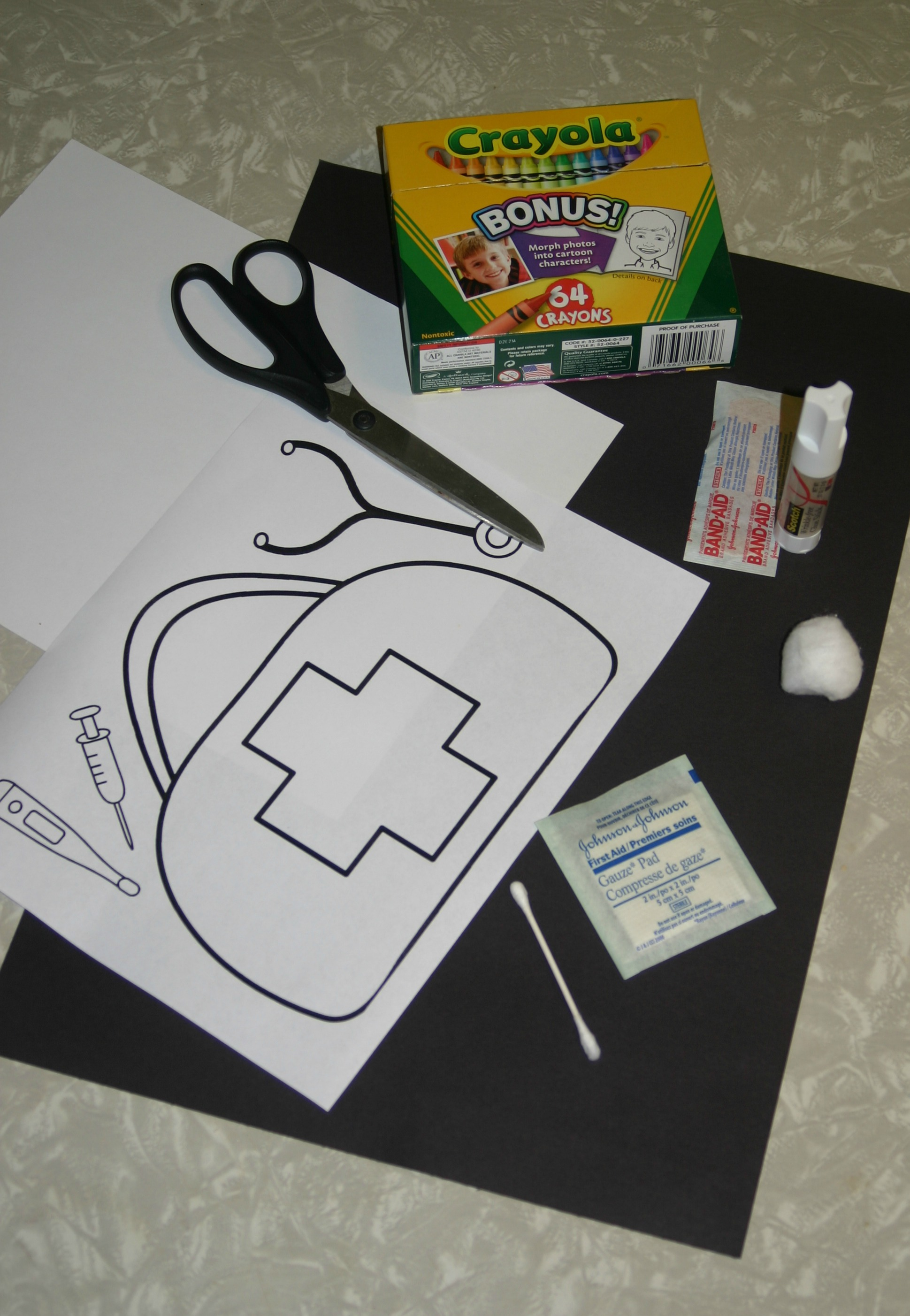 Crafts for preschool doctor bag pictures to pin on for Doctor bag craft template