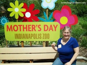Family Friendly Events: Mother's Day at the Indianapolis Zoo 2014