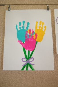 Handprint Bouquet, courtesy of Pinkie for Pink