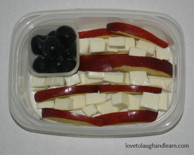 Flag Day Snack using grapes, apples and cheese.